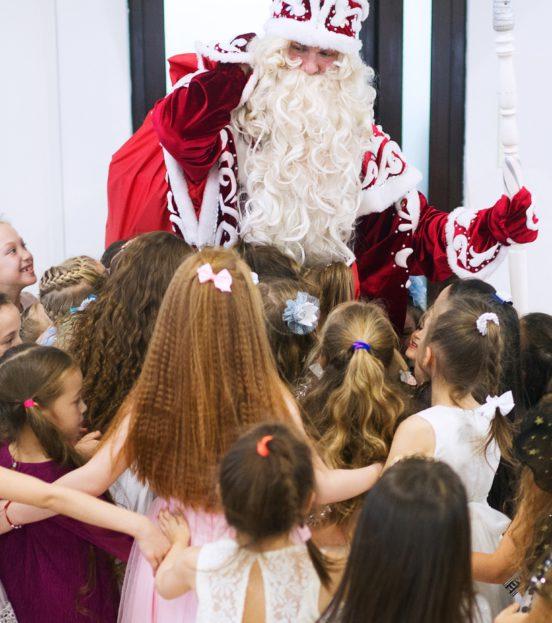 Новогодний детский праздник с Гринчем в Уфе