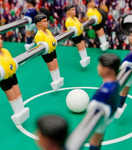 Настольные аттракционы:  теннисный стол, настольный футбол, армреслинг в Уфе