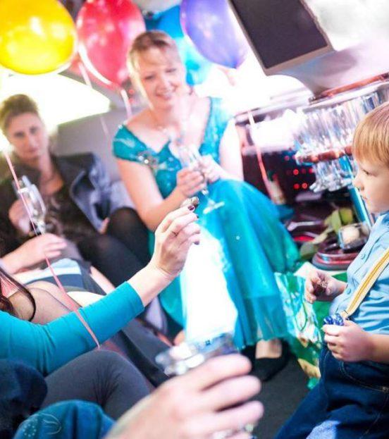 Аренда лимузина на детский праздник в Уфе