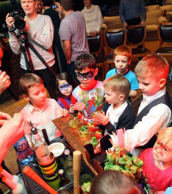 Бармен шоу на детский праздник в Уфе