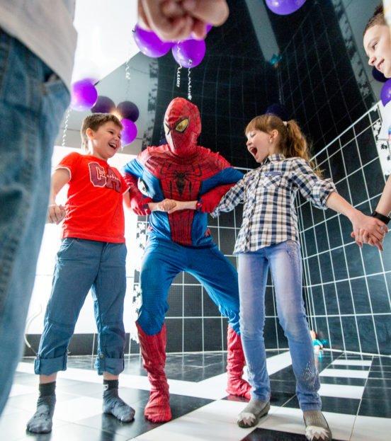Аниматор Человек-Паук на детский праздник в Уфе