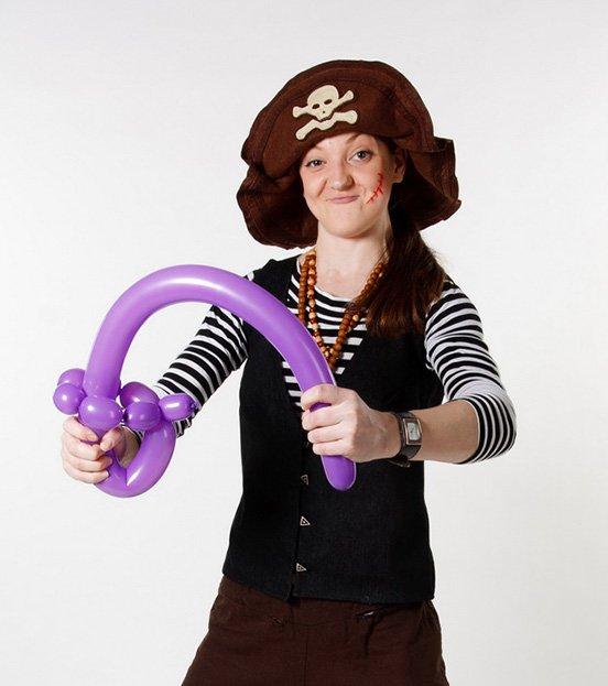 Аниматор Пиратка на детский день рождения в Уфе